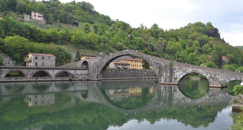 Grande terra toscana ponte della maddalena ponte del - La porta del diavolo ...